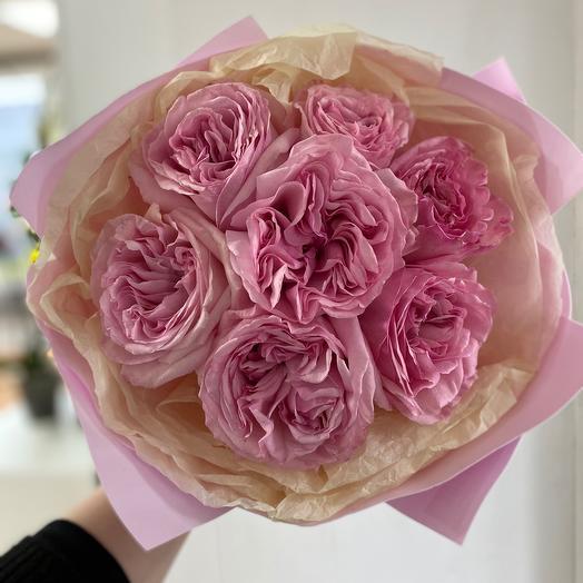 """Букет из пионовидных  роз  """"Дамский каприз """""""