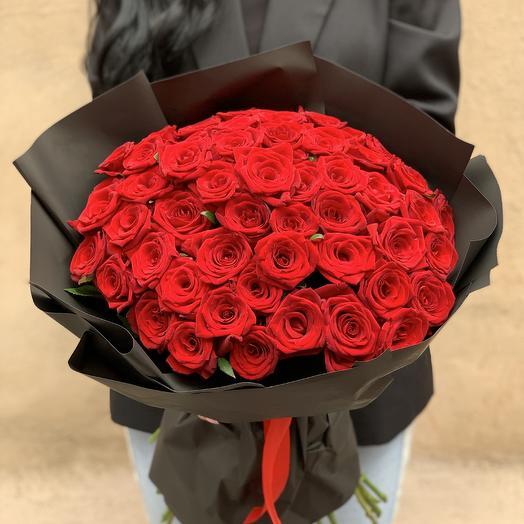 Классический букет из 51 эквадорской розы  60см