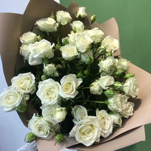Букет из кустовой розы Жозефина