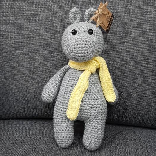 Бегемотик в жёлтом шарфе