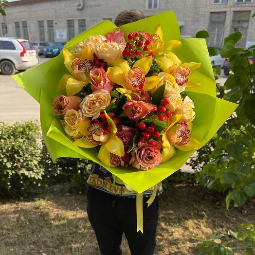 Орхидея роза