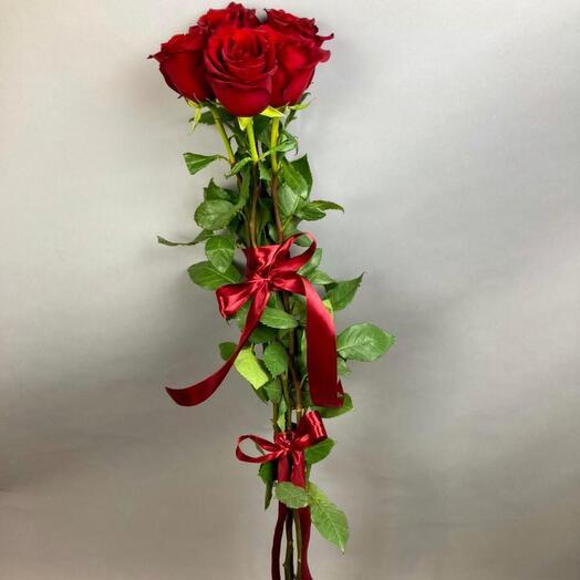 Букет из 5 роз, 100 см