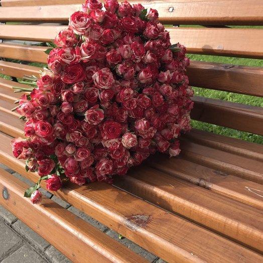 51 необычная кустовая роза: букеты цветов на заказ Flowwow