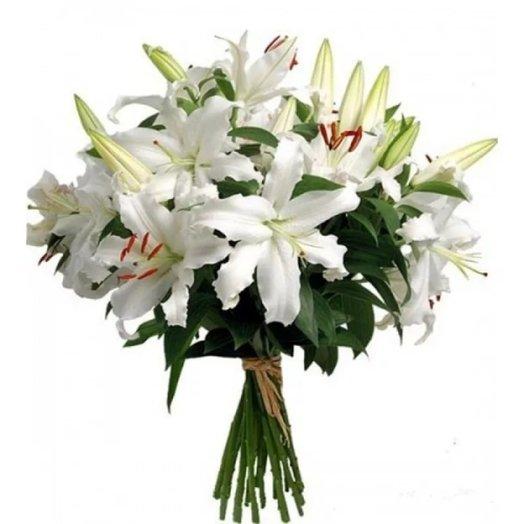 Букет белых лилий Капри: букеты цветов на заказ Flowwow
