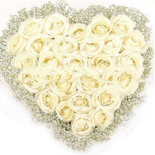 Сердце из белой розы и гипсофила: букеты цветов на заказ Flowwow