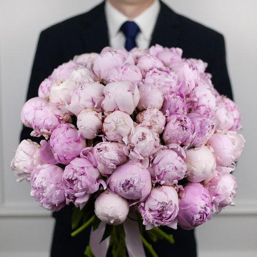 Букет из 49 французских пионов Sarah Bernhardt: букеты цветов на заказ Flowwow