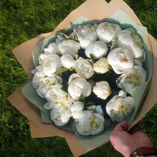 21 белый пион: букеты цветов на заказ Flowwow