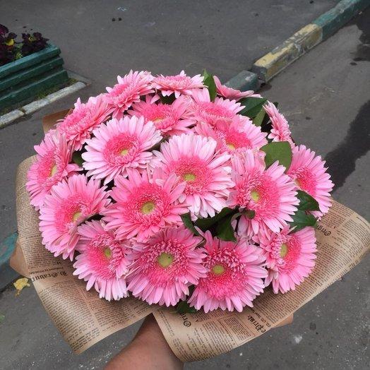 Розовые герберы: букеты цветов на заказ Flowwow