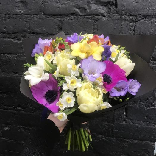 Букет с фрезий: букеты цветов на заказ Flowwow