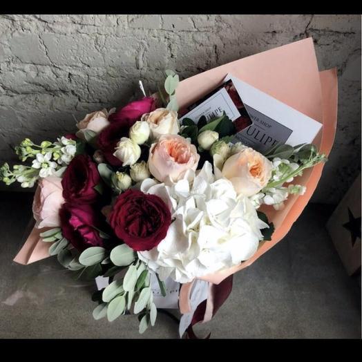 Питновидные Розы и Гортензия: букеты цветов на заказ Flowwow