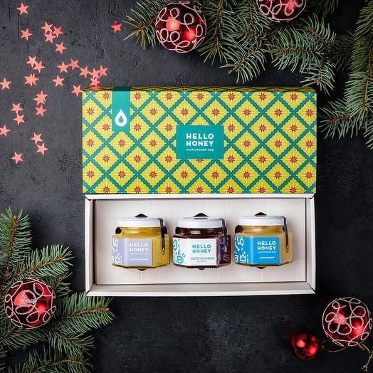 Подарочный набор мёда и варенья «Три грани сладкого, новогодний 3»: букеты цветов на заказ Flowwow