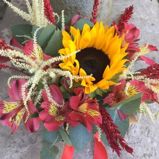 Яркая композиция: букеты цветов на заказ Flowwow
