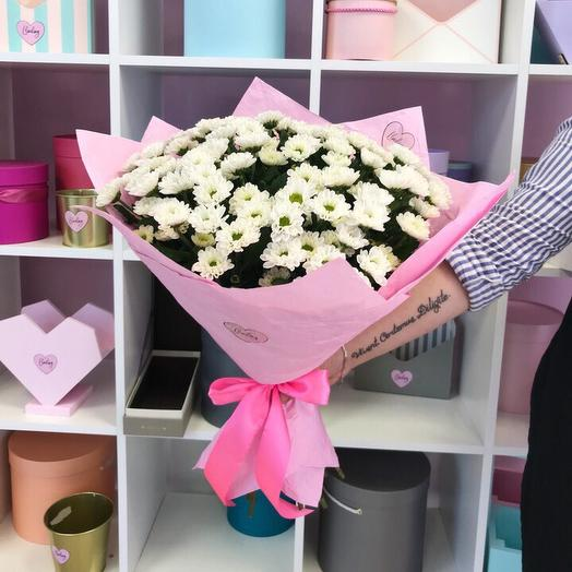 Нежный букетик из маленькой кустовой ромашки: букеты цветов на заказ Flowwow