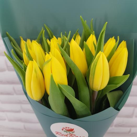 Жёлтые тюльпаны: букеты цветов на заказ Flowwow