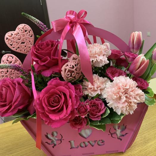 С днём всех влюблённых: букеты цветов на заказ Flowwow