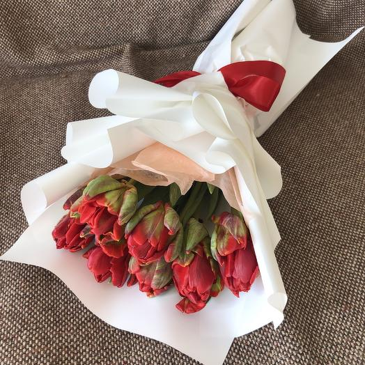 7 пионовидных Тюльпанов: букеты цветов на заказ Flowwow