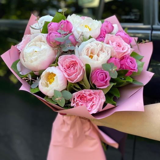 Букет из пионов , Пионовидных Роз