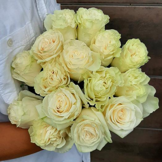 Монобукет Mondial роза одноголовая 60 см — 15 шт под ленту