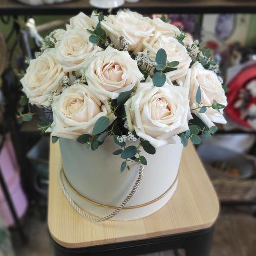 Розы в коробке На Стиле/пудровая