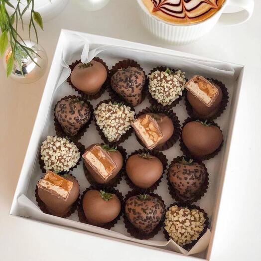 Набор из клубники в шоколаде 2