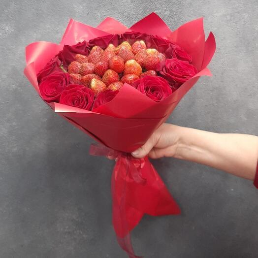 Клубника и Розы