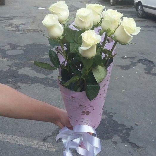 7 голландских белых роз: букеты цветов на заказ Flowwow