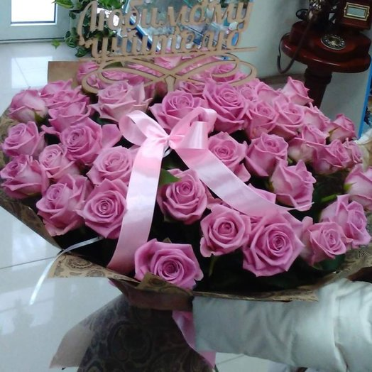Букет розовый 55 роз