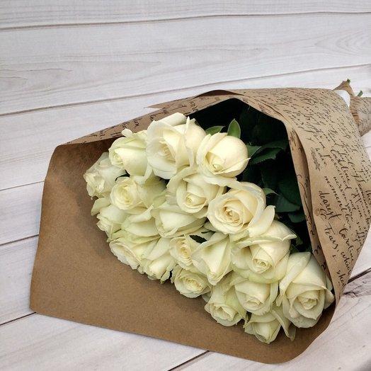 21 белоснежная роза: букеты цветов на заказ Flowwow