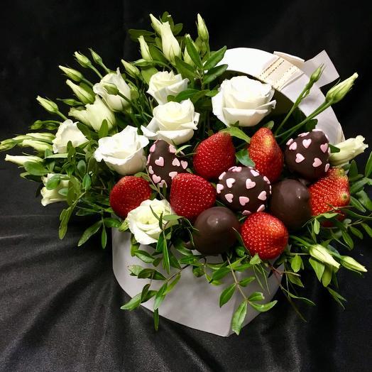 """Ароматный букет """"Красное и белое"""": букеты цветов на заказ Flowwow"""