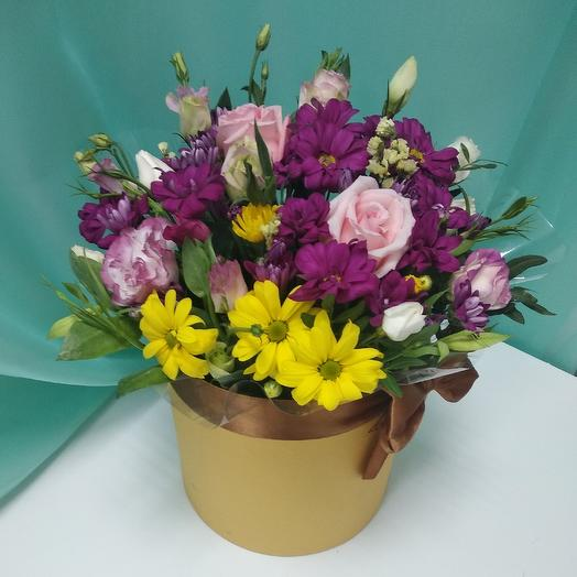 Шляпная коробка:роза,эустома,хризантема микс,писташ