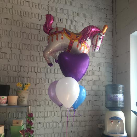 Ярмарочная лошадь: букеты цветов на заказ Flowwow