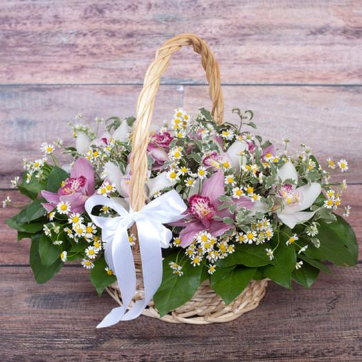 Орхидеи и ромашки: букеты цветов на заказ Flowwow