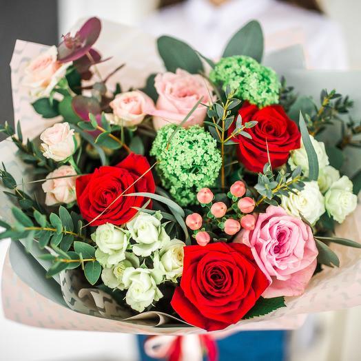 Букет Комплимент 14: букеты цветов на заказ Flowwow