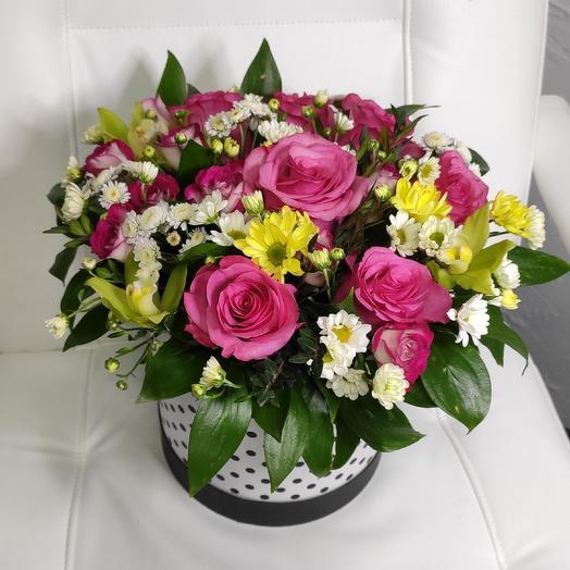Шляпная коробка ассорти: букеты цветов на заказ Flowwow