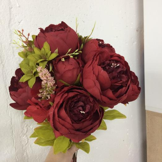 Пионы искуственные: букеты цветов на заказ Flowwow