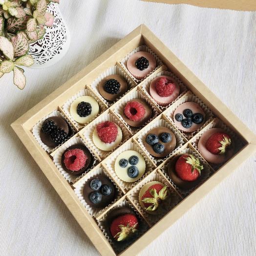 Набор ягоды в шоколаде, 16 шт: букеты цветов на заказ Flowwow