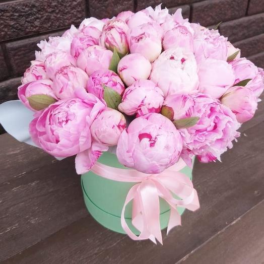 Коробка с пионами Sarah Bernard: букеты цветов на заказ Flowwow