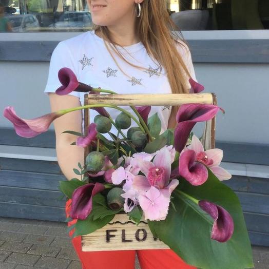 Композиция из цветов «Касабланка»