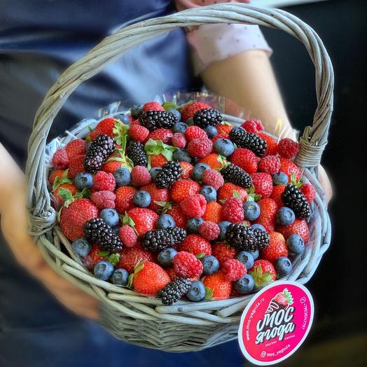 Корзина ягод