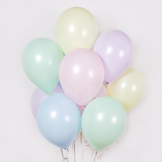 9 helium balloons
