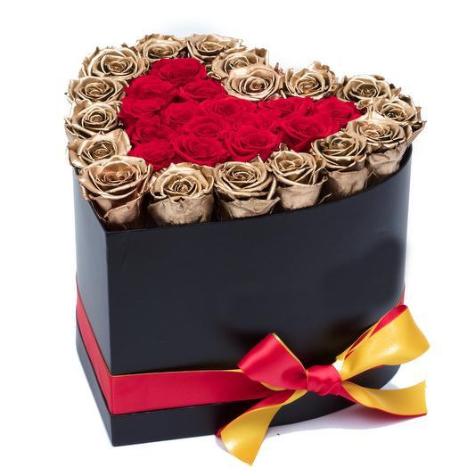 Цветы в коробке сердце М