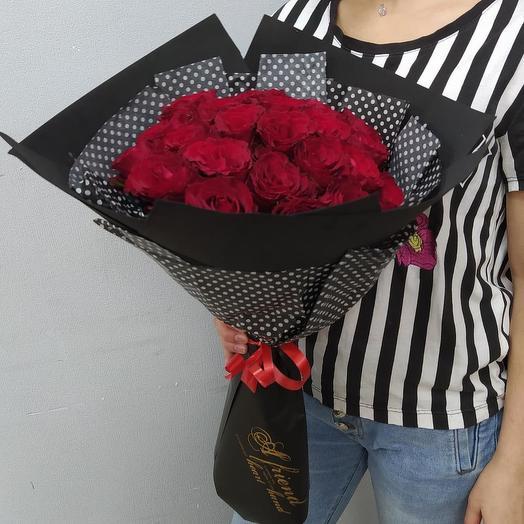 25 алых роз Кения