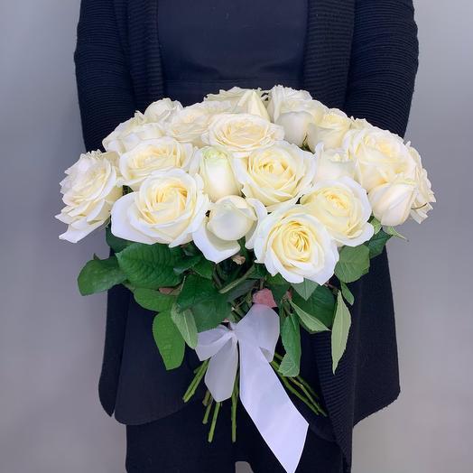 25 white roses 40cm