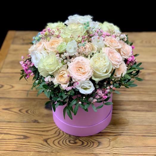 Цветы в коробке Настасья