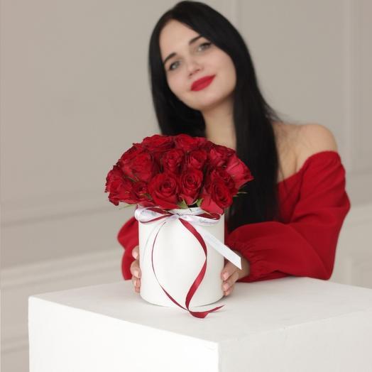 "Шляпная коробка ""Розы Red"""