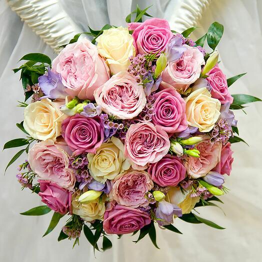 Букет невесты Августа