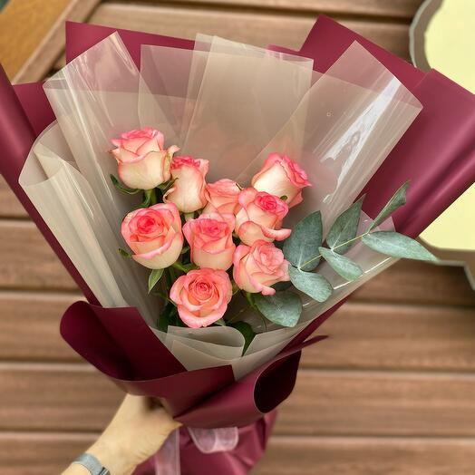 Букет из роз «Джумилия каскад»