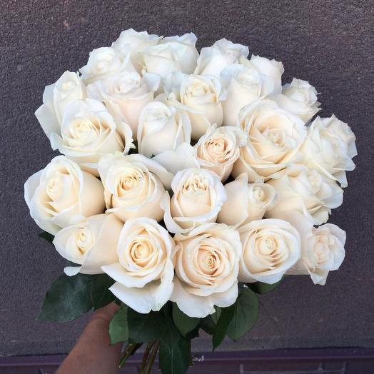 Букет из 15 белых голландских роз 60 см: букеты цветов на заказ Flowwow