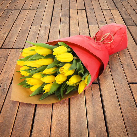 "Букет из 25 желтых тюльпанов ""Стронг Голд"": букеты цветов на заказ Flowwow"
