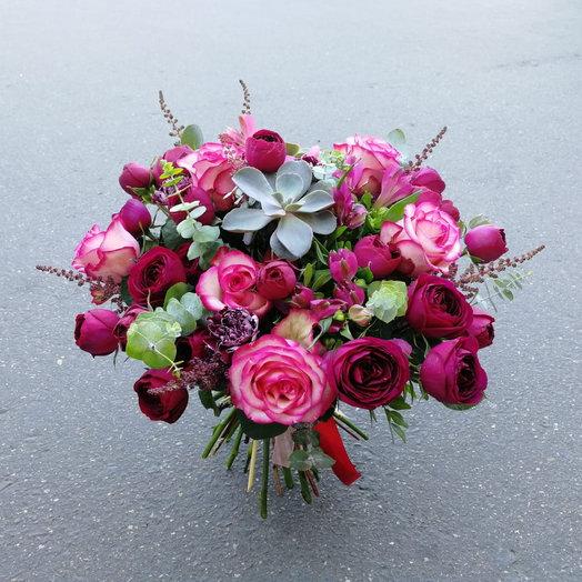 В центре внимания: букеты цветов на заказ Flowwow